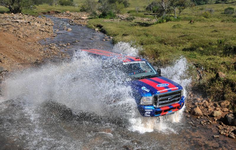 Rally Cuesta: Ford Racing Trucks/Território Motorsport vence o primeiro dia em Botucatu