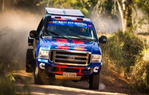 Trio foi o mais rápido entre os Caminhões neste sábado