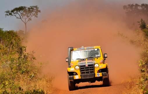 Troller Racing/Território Motorsport fica em segundo na categoria 1º dia da etapa Maratona do Rally dos Sertões 2011