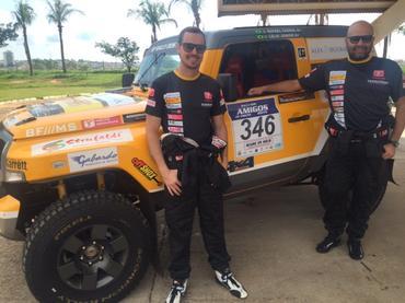 Rally dos Amigos: Troller Racing/Território Motorsport acelera com os goianos Rafael Cassol/Lélio Jr