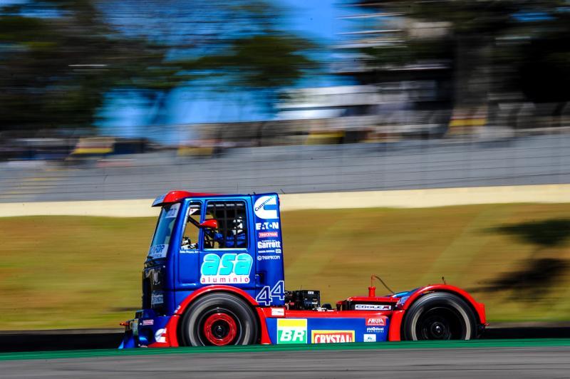 Fórmula Truck faz adequações no calendário 2014 da competição